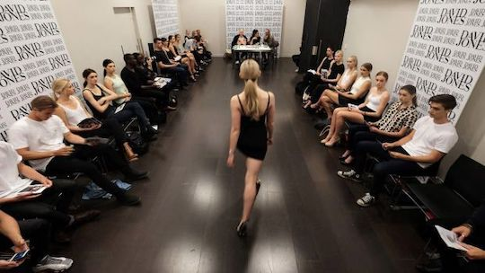 How to Dress for a Modeling Audition